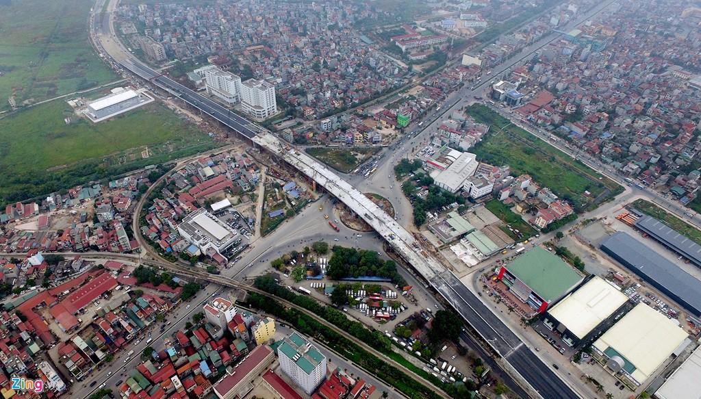 Cầu vượt Trung tâm Long Biên,Tp. Hà Nội